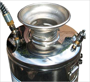 テクノハンドスプレヤー 製品特徴1 [噴霧器、ステンレススプレヤー、業務用、薬剤]